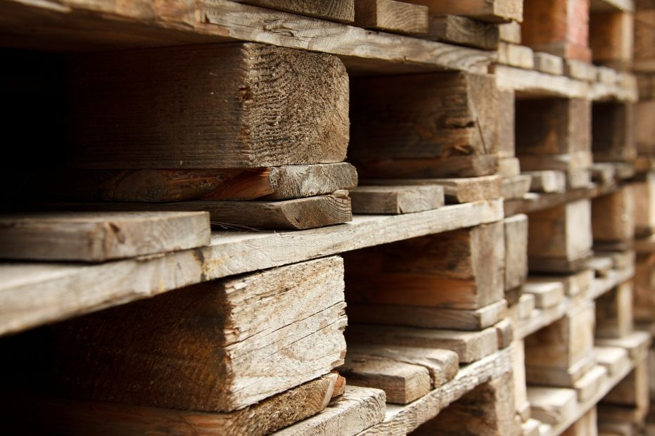 10-Creative-Ways-to-Reuse-Wood-Pallets-1-931x620