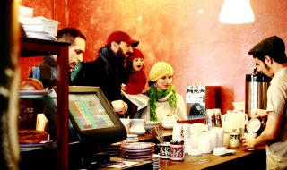 3-lessons-from-coffee-shops-on-finding-loyal-customers