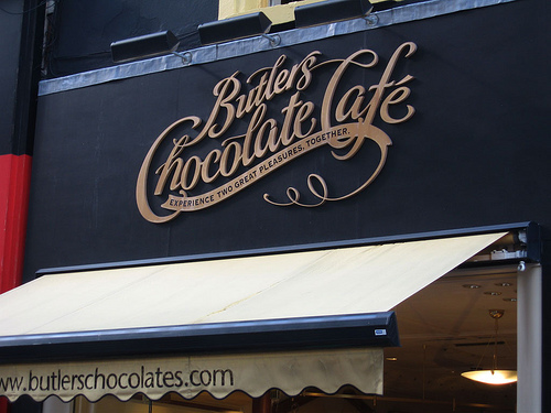 35-examples-of-beautiful-sign-designs