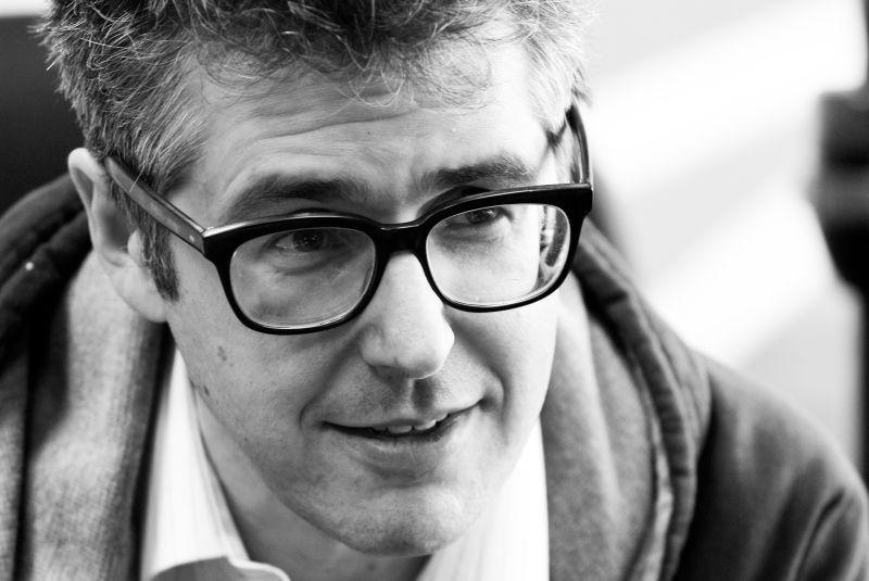 ira-glass-great-radio-stories-need-to-surprise-and-have-a-great-teller