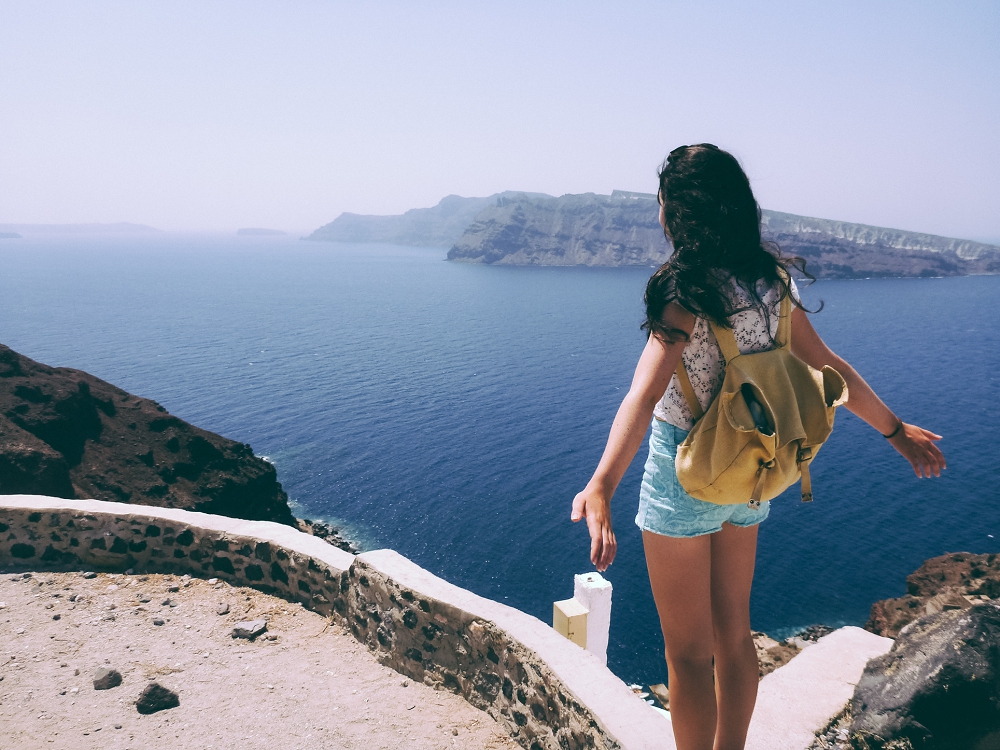 Santorini-where-to-go-travel-tips