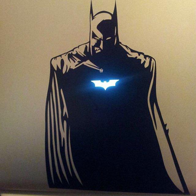 batman-macbook-pro-badass-sticker-decal