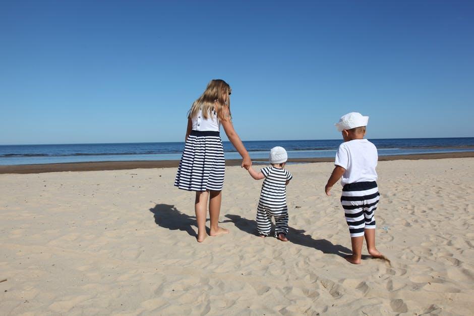 beach-trip-weekend-road-trip-lifehacks-family-tips-geek