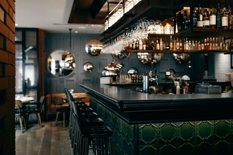 beautiful-restaurant-bar-design-tips-brand-impression