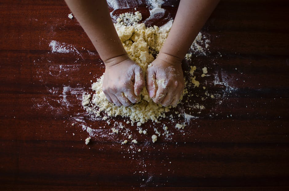 cooking-with-the-family-weekend-activity