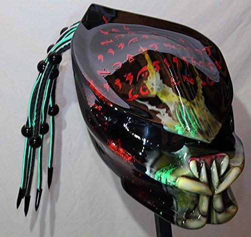 custom-predator-helmet