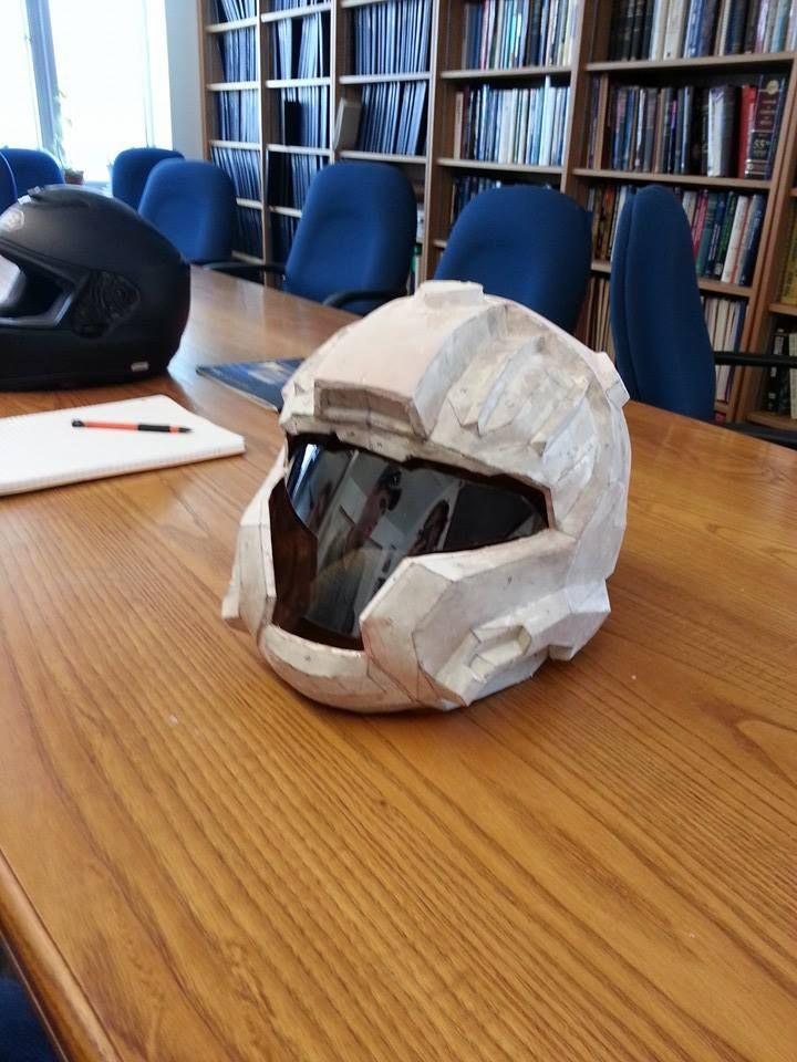 halo-style-diy-moto-helmet-design