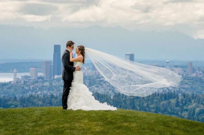 newcastle-bride-groom-seattle
