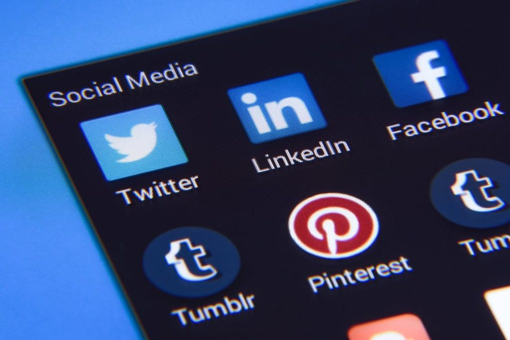 social-media-promotion-online-business-tips