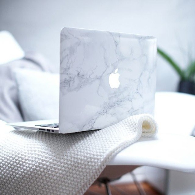white-marble-laptop-decal-macbook