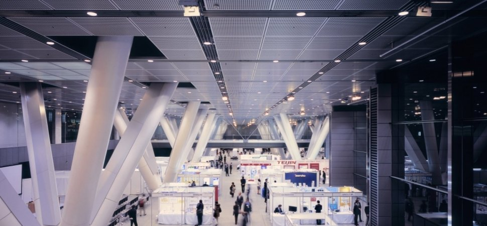 13-smart-ways-to-stand-out-at-your-next-trade-show