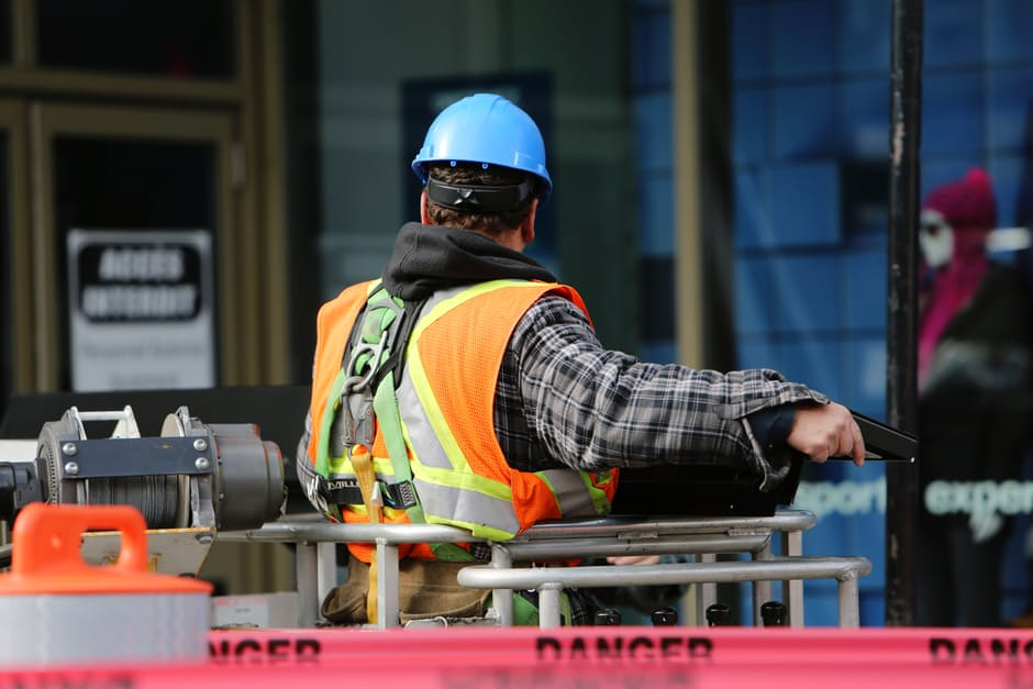 3 Absolute Musts for Implementing Workplace Safety 5