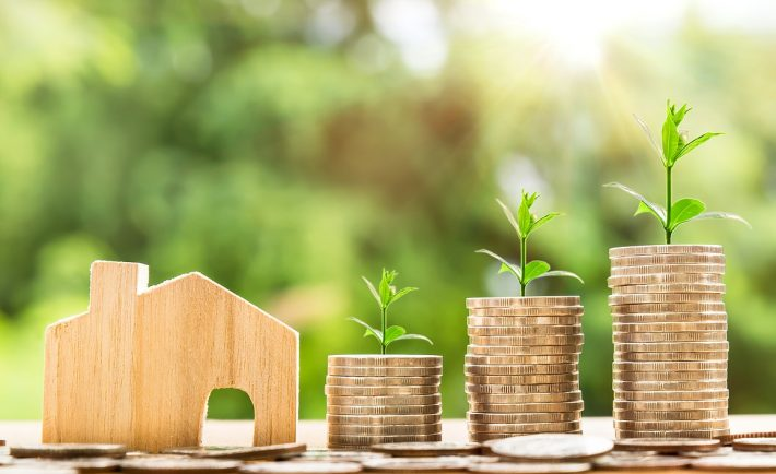 4 Reasons Why a Property Manager Will Help You Make Money 6