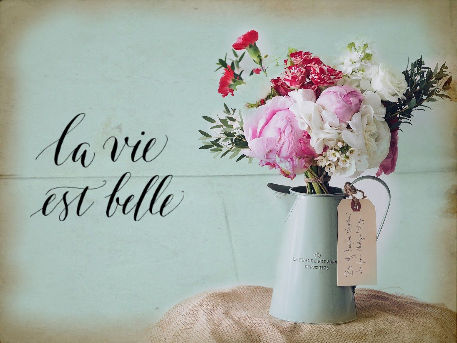 Shabby Chic is made for still lifes. After all, things don't become ...