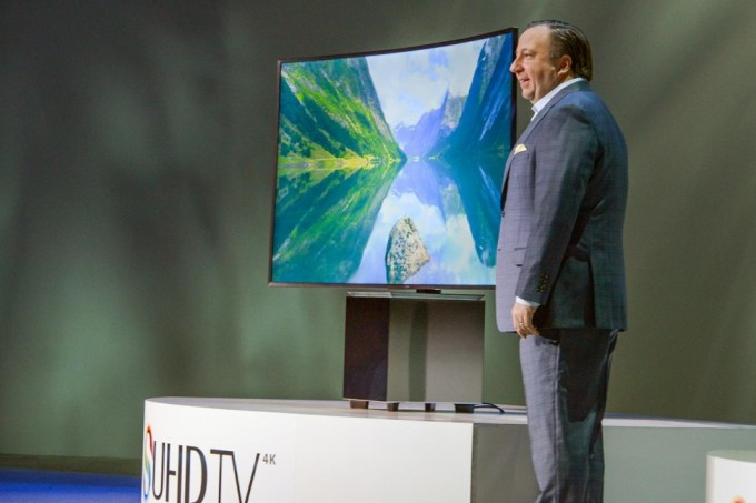 How to Modernize the Tech and Entertainment Options in Your Home 9