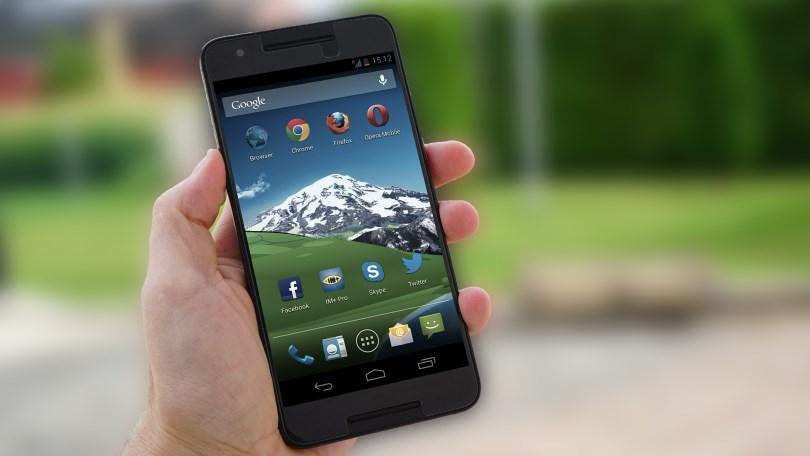 In No Rush to Upgrade Your Smartphone Youre Not Alone