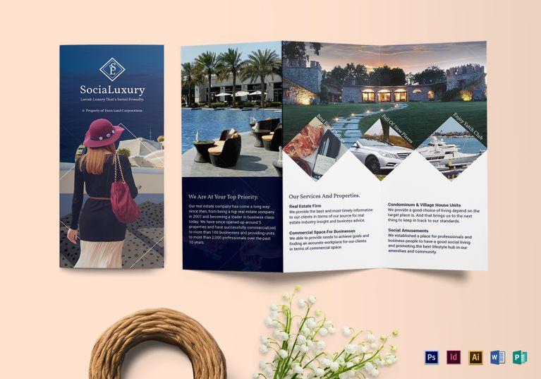 Mock-up-Luxury-Brochure-10202017-767x537