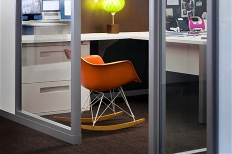 small-office-big-impact-how-to-project-authority-creativity