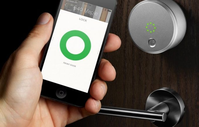 Smartphone Gadgets That Keep Your Home Safe 1