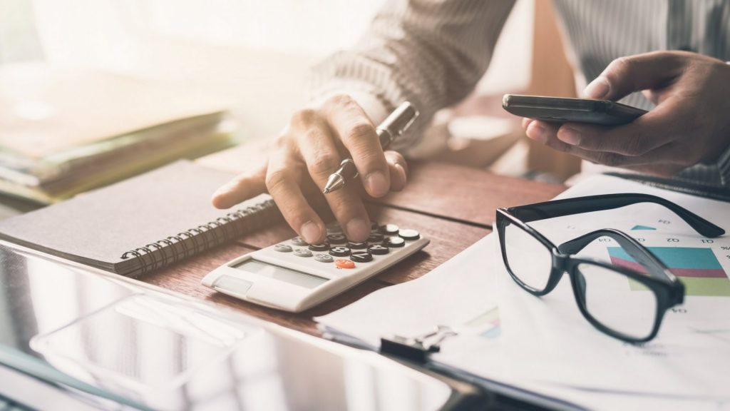 The Smartest Ways To Save Money On Business Operating Costs