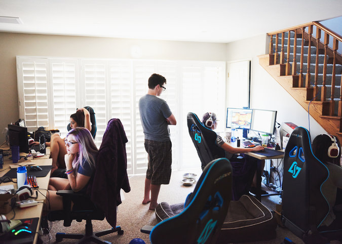 Women Gamers 2