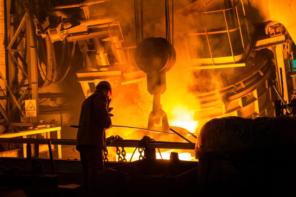 business-manufacturing-safety-tips-heat-fire-smelting-melting-factory-metalworking