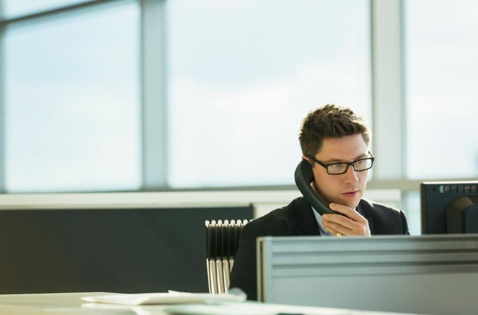 cold-calling-doesnt-work-but-theres-still-a-way-to-heat-up-your-pipeline