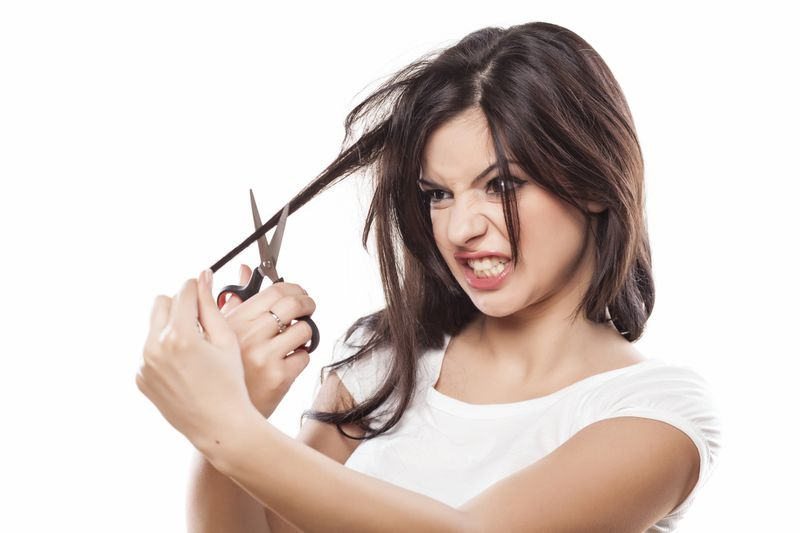 expert-tips-cutting-hair-article