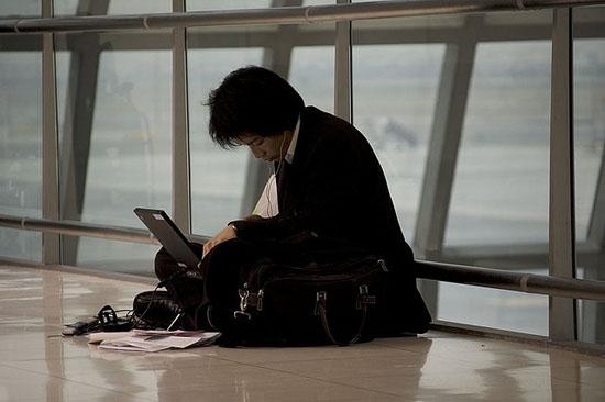 freelance-wi-fi-design-on-the-go-internet-airport