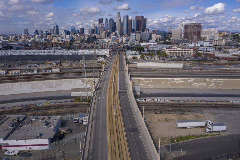 traffic-coronavirus-cities-roads