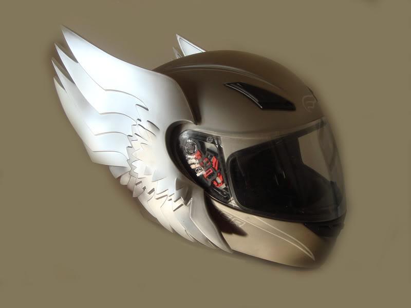 winged_motorcycle_helmet