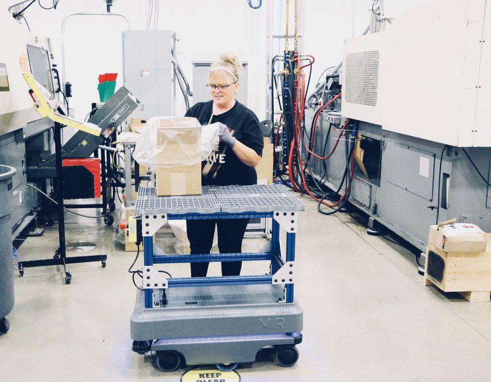with-robotics-manufacturers-have-an-opportunity-to-boost-workplace-morale